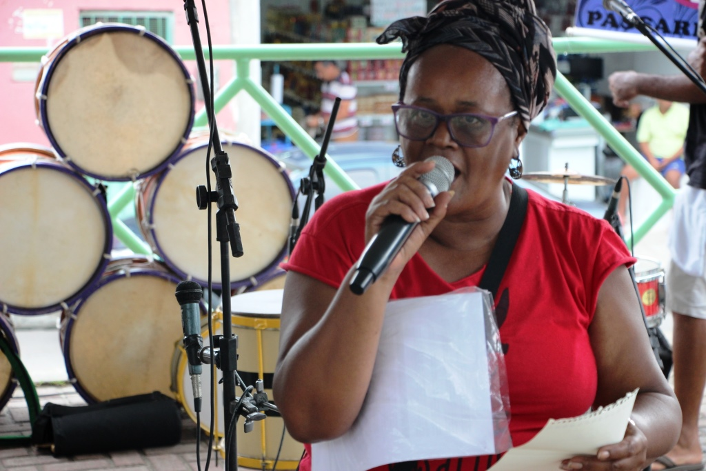 Ocupe Passarinho: moradoras chamam atenção para a falta d´água e a o descaso com a saúde na comunidade